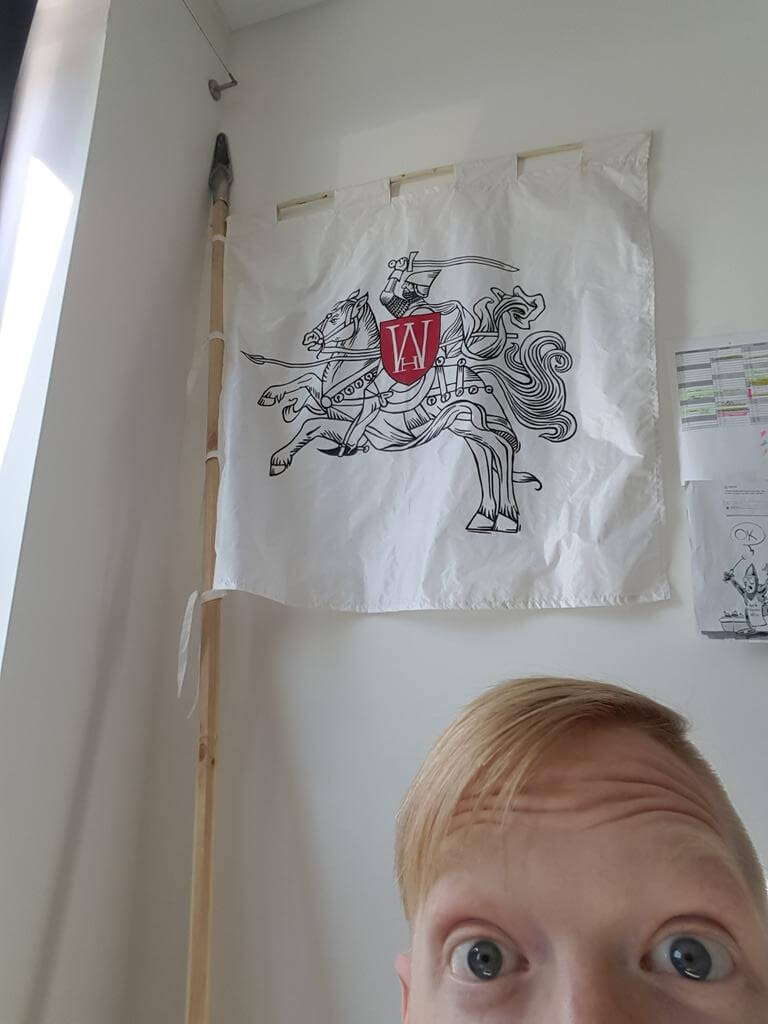 Tobi a Warhorse vlajka